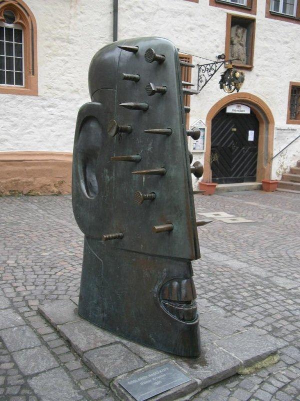 Head-to-Nail, Goslar, Germany