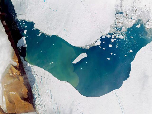 Groenland - glacier Petermann et icebergs