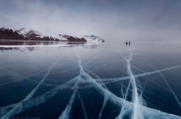 lac Baikal gele wikilins 12 Le lac Baïkal gelé par Daniel Korzhonov