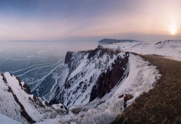 lac Baikal gele wikilins 17 Le lac Baïkal gelé par Daniel Korzhonov