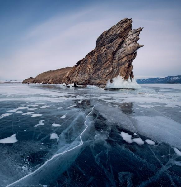 lac Baikal gele wikilins 19 Le lac Baïkal gelé par Daniel Korzhonov