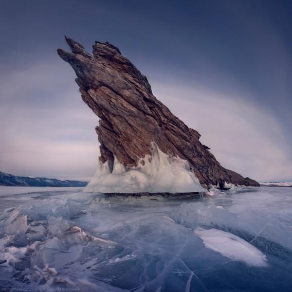 lac Baikal gele wikilins 20 Le lac Baïkal gelé par Daniel Korzhonov