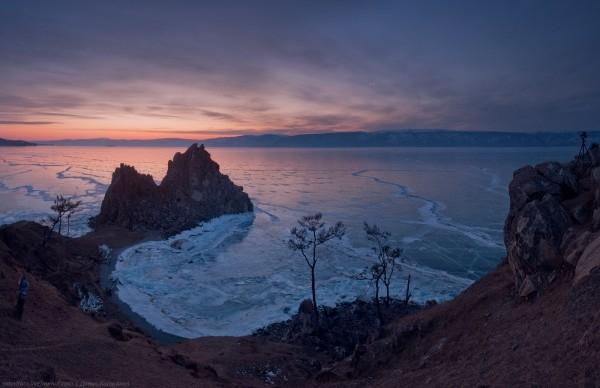 lac Baikal gele wikilins 6 Le lac Baïkal gelé par Daniel Korzhonov