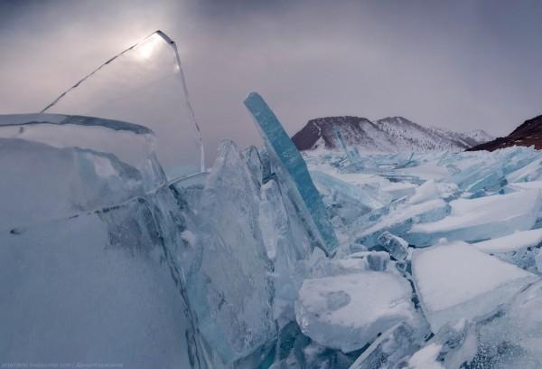 lac Baikal gele wikilins 9 Le lac Baïkal gelé par Daniel Korzhonov