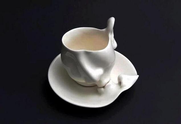 tasse soucoupe embrasse Kissing Mug