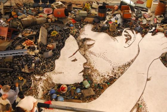 Des portraits d'ordures par Vik Muniz