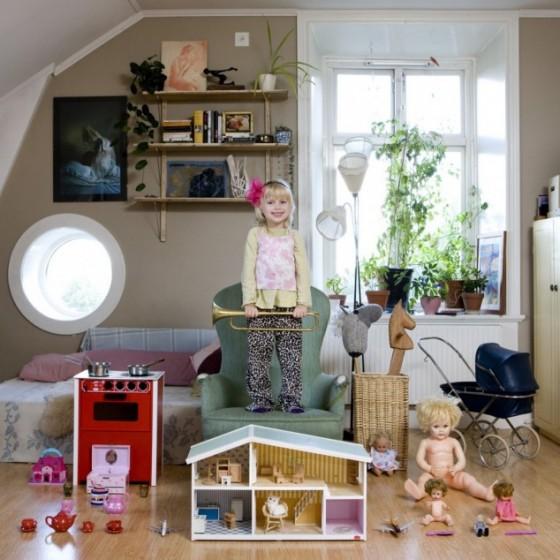 tour-monde-apporter-offrir-enfant-jouet-favoris-preferes-gabriel-calimberti-