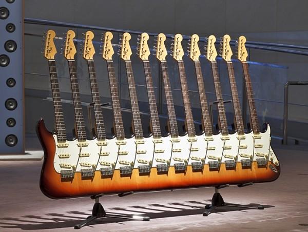 Les guitares multi-manches de Yoshihiko Satoh