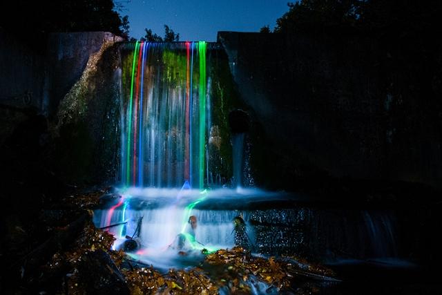 cascades-phosphorescentes-Batons-lumineux-phosphorescents-1