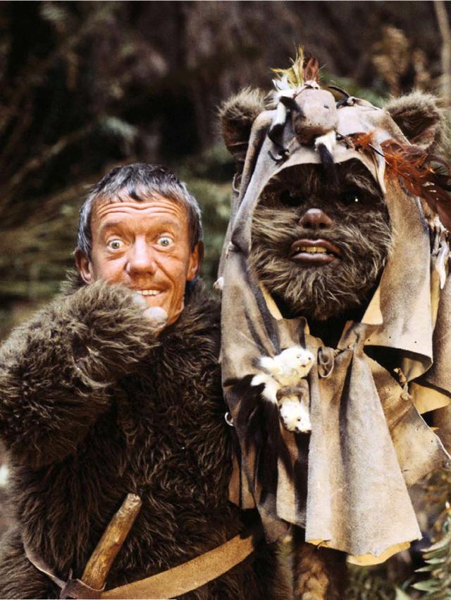 Dan Richter dans un des Ewok dans Le Retour Du Jedi
