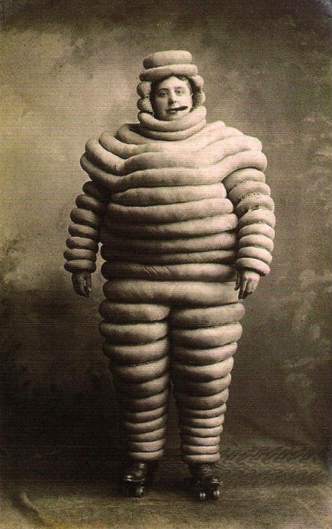 Costumes-Michelin-1920-1