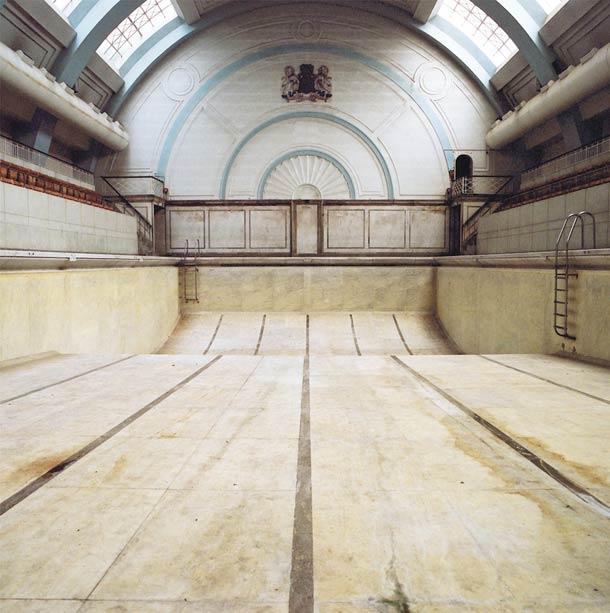 piscine abandonée