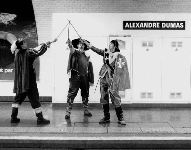 Alexandre Dumas Metro station  Des noms de stations du métro Parisien prises au pied de la lettre