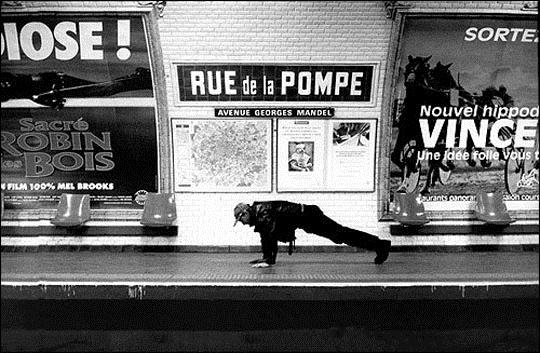 Rue de la Pompe Metro station  Des noms de stations du métro Parisien prises au pied de la lettre