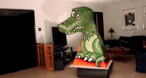 illusion d 39 optique ce t rex ne vous quittera pas des yeux. Black Bedroom Furniture Sets. Home Design Ideas