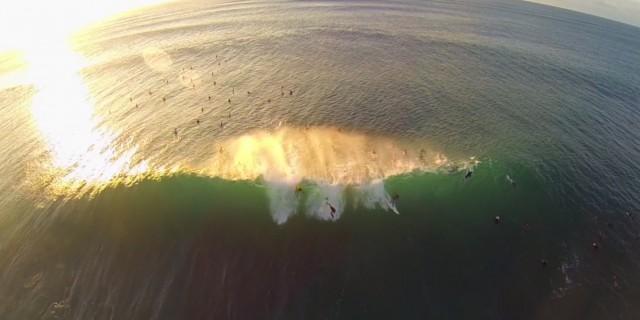 surf-drone-vague