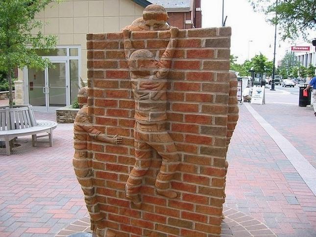 Sculptures-briques-1