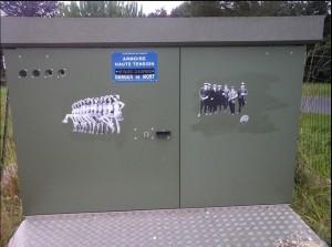 Street-Art-Collage-Etsikran-3