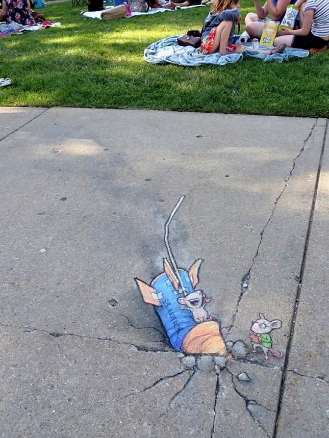 creature-crayon-street-art-16