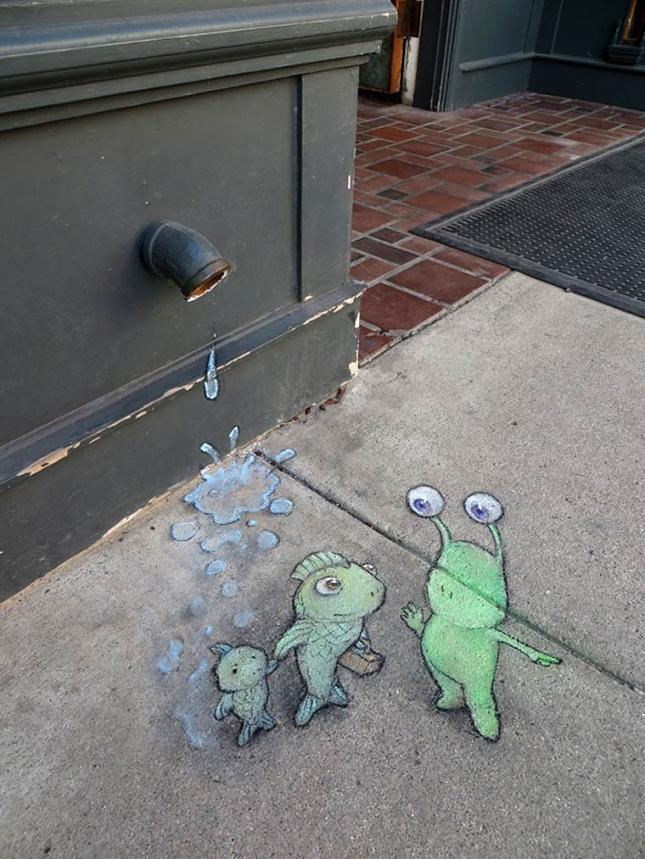 creature-crayon-street-art-23