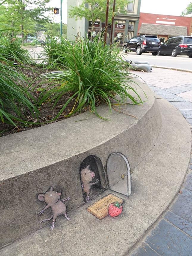 creature-crayon-street-art-27