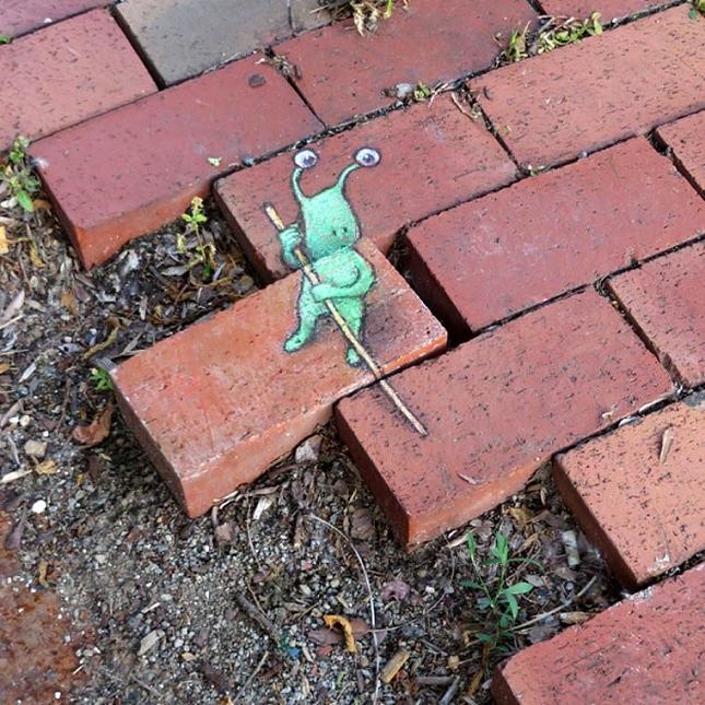 creature-crayon-street-art-34