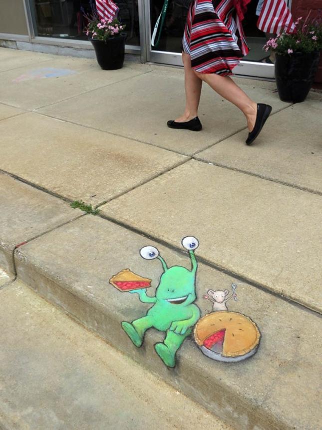 creature-crayon-street-art-7