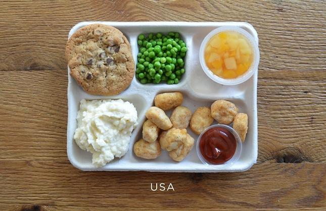 plateaux-repas-cantineÉtats-Unis
