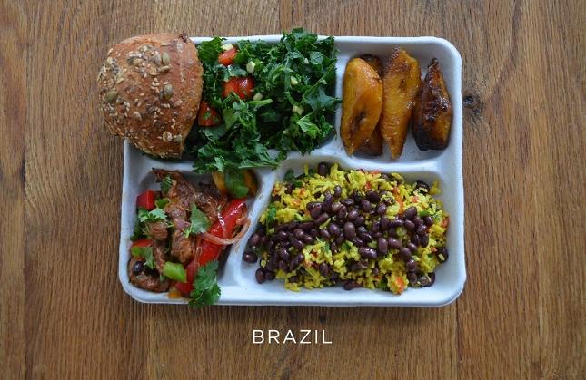 plateaux-repas-cantine-Brésil