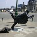 street-sculpture-belgique-bruxelles-tom-frazen