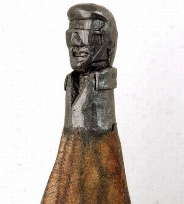 Sculpture-mine-crayon-Dalton-Ghetti-4