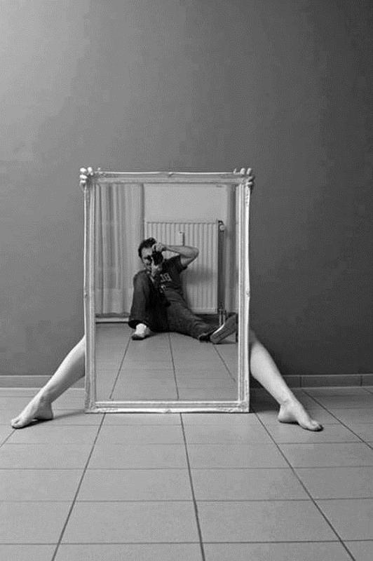 Le reflet de l 39 art miroir et autoportraits wikilinks for Autoportrait miroir