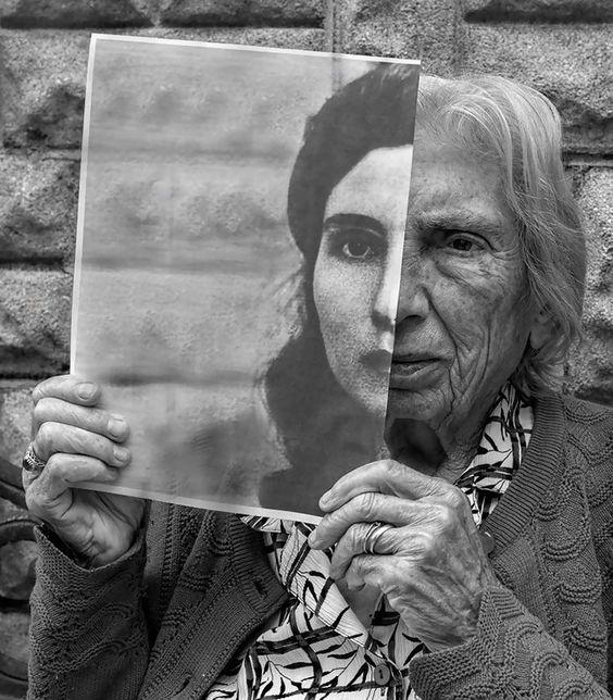 Le reflet de l'art - Miroir et autoportraits – WikiLinks  Le reflet de l&...