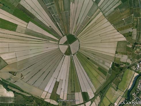 insolites google earth wikilinks.Fr