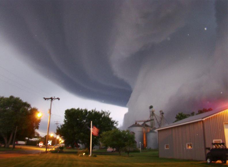 Tornade - Iowa, États-Unis wikilinks.fr