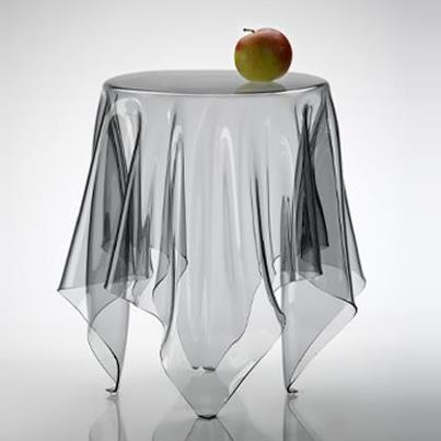 Table Illusion Design Essey