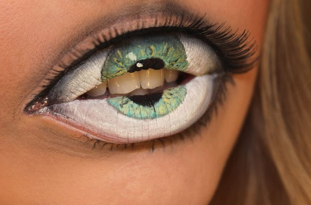 Maquillage-levres-bouche-oeil-Sandra-Holmbom-1