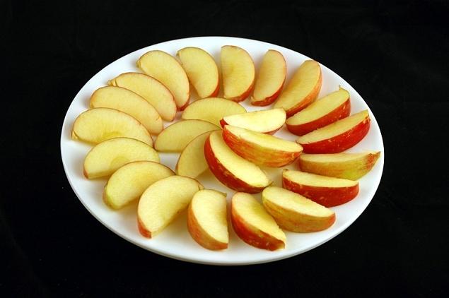 Pommes 385 grammes=200 calories