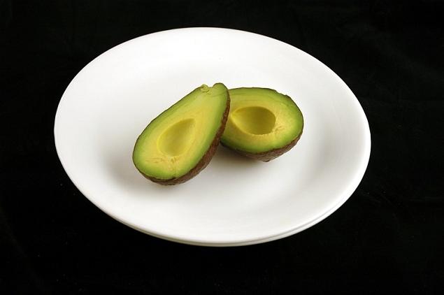 Avocat 125 grammes = 200 calories