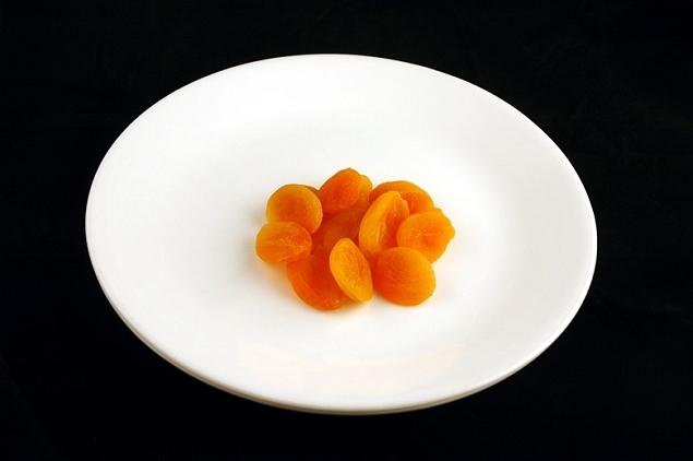 Abricots séchés 83 grammes = 200 calories