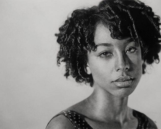 dessins-hyperrealistes-Kelvin-Okafor-crayon-10