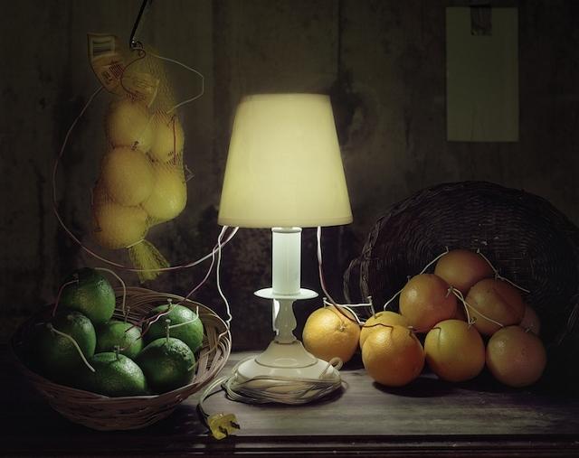 De l'électricité générée par divers aliments - Caleb Charland