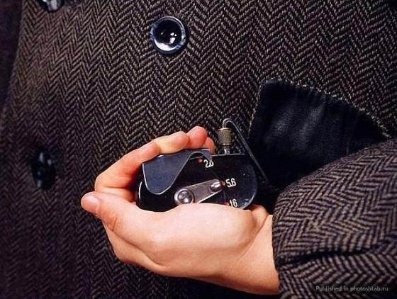 Caméra de poche avec mécanisme de contrôle