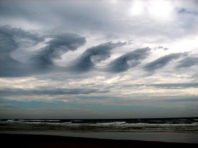 nuage-Cirrus Kelvin-Helmholtz