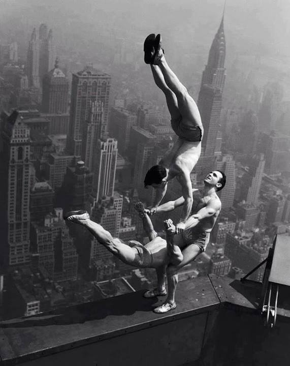 Acrobate-empire-state-building-