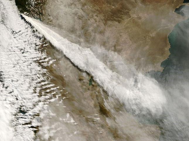 Chaiten-Chili-volcan-eruption-satellite
