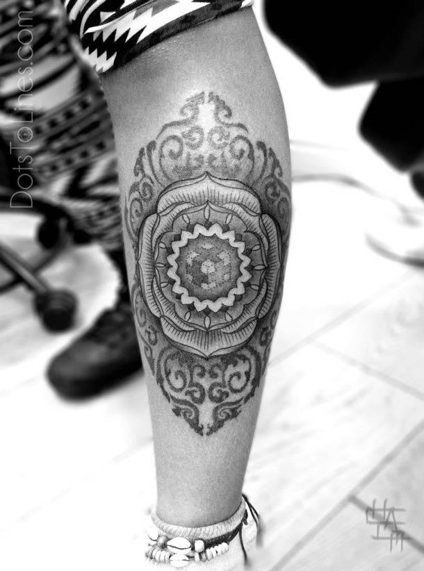 Tatouage-geometrique-pointilllisme-7