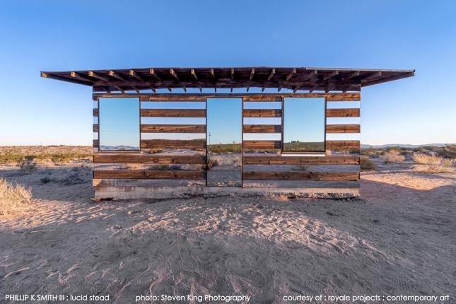 cabane-invisible-mirroir-01-900x600