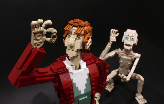 LEGO-Bilbo-and-Gollum