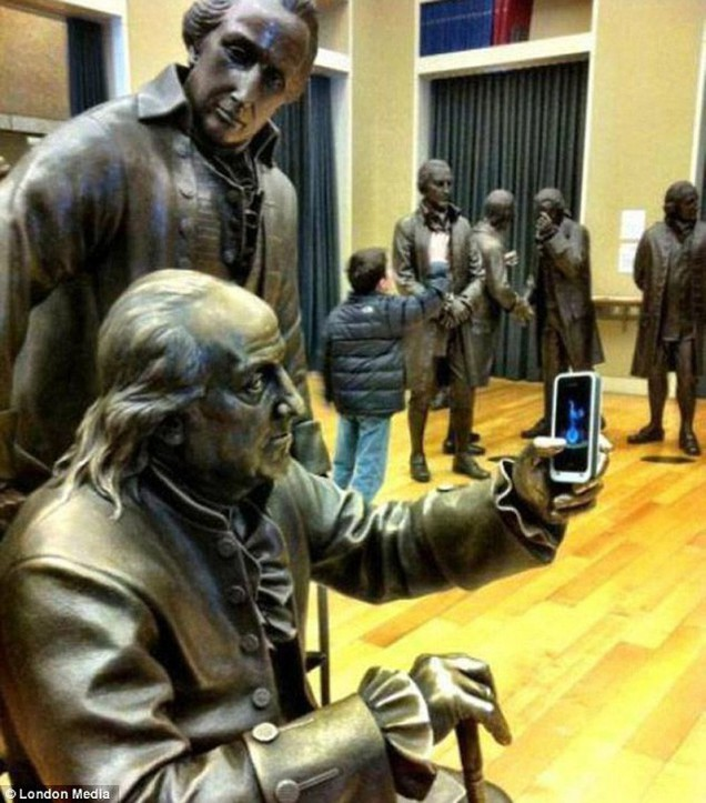 statues-interactives-1